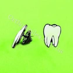 Брошь-запонка в форме зуба