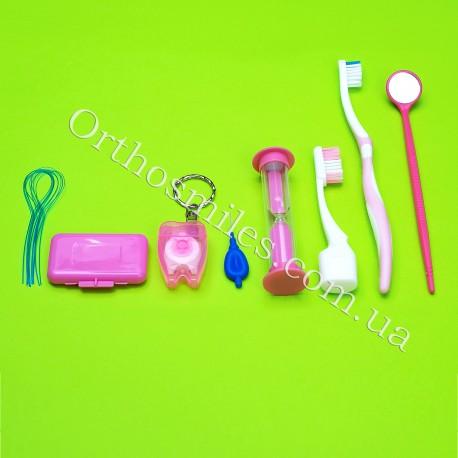 Гигиенический набор для пациента в маленьком пенале фото 1 — OrthoSmiles